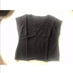 Escada Black v neck short sleeves 14-16
